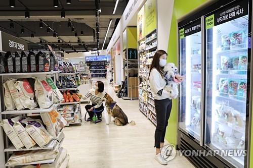 樂天瑪特寵物用品賣場開業
