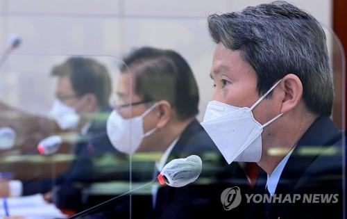 韓統一部長:朝鮮仍有意試探重啟對話